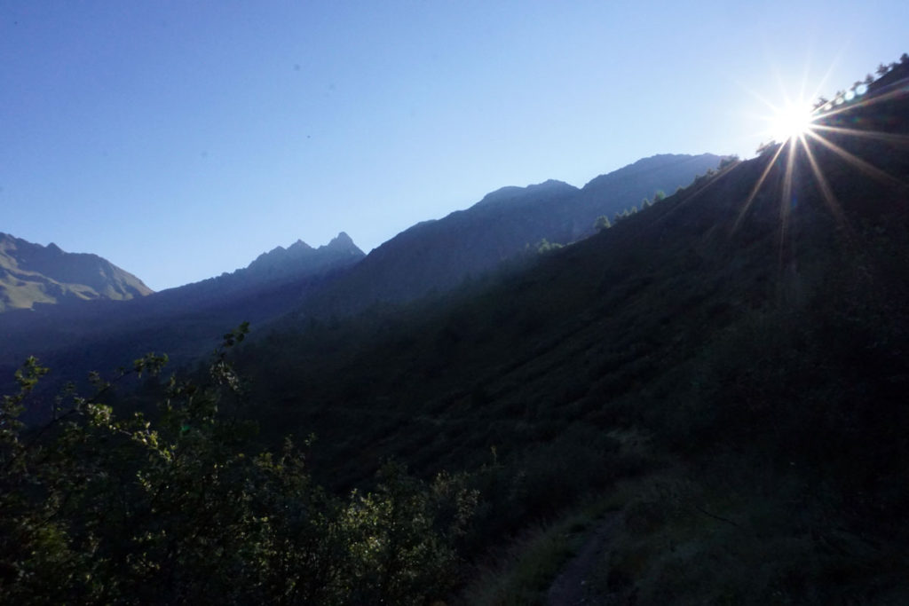 Abstieg vom Rifugio Bozzi