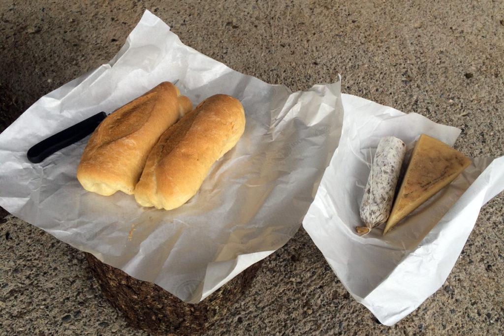 Wurst und Käse aus der hauseigenen Produktion