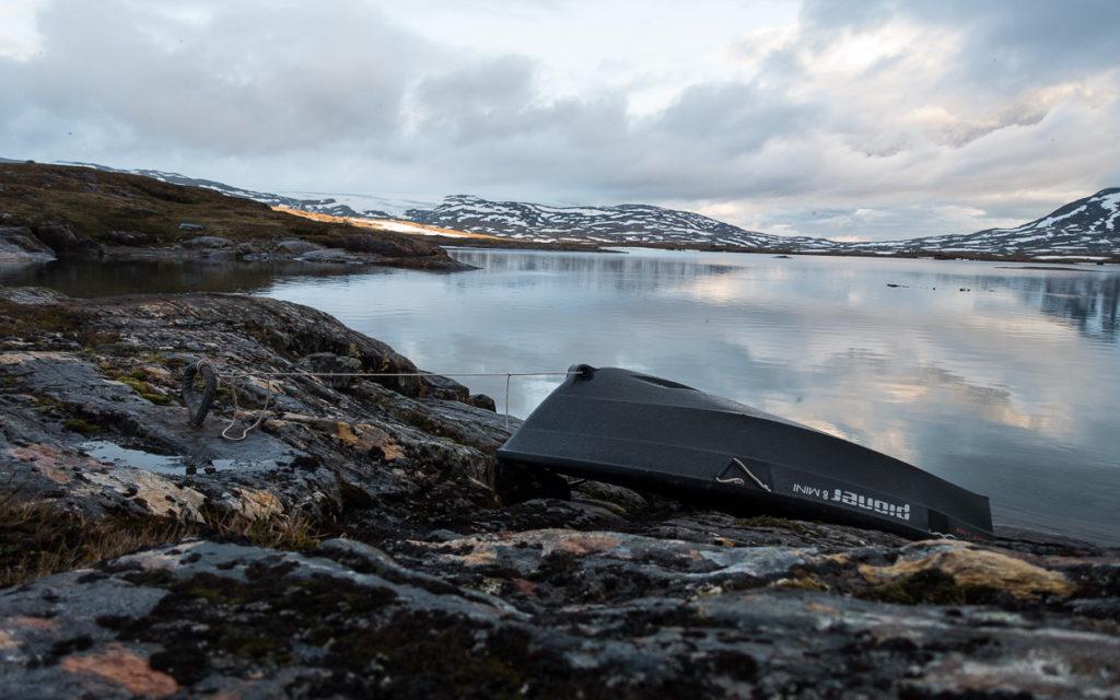 Bovrojávri Ruderboot Nordkalottleden Paurohytta